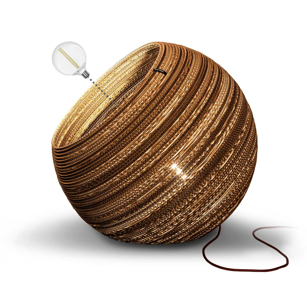Products-detailpage-Block4-1-Think-Paper-Cardboard-Lamp-Globe640-Beneito-Faure-winered